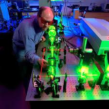 Photonics, optics and laser Photo