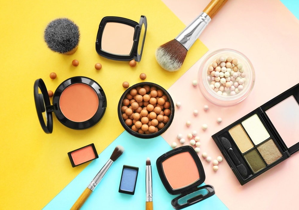 Cosmetics: Advantages and Disadvantages Photo