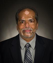 Dr. Altaf Taher  Photo