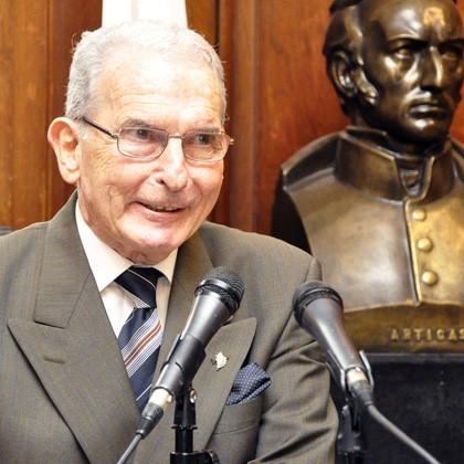 Dr. Felix Cantarovich Photo